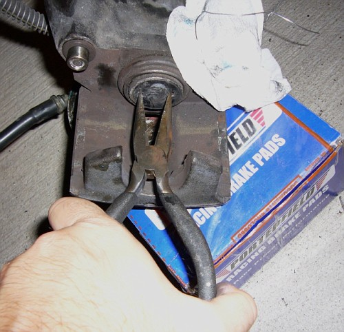 How Do You Replace The Rear Brake Pads On A 2004 Hyundai