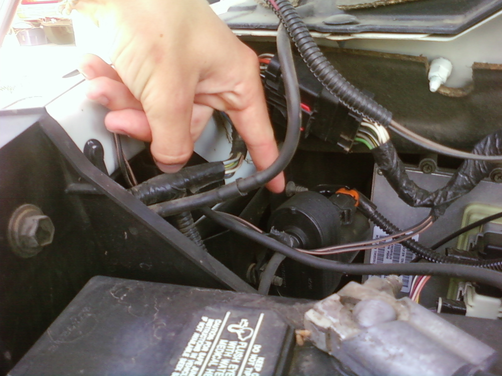 My cruise control isnt engaging although when set the light shows – Dodge Cruise Control Servo Wiring