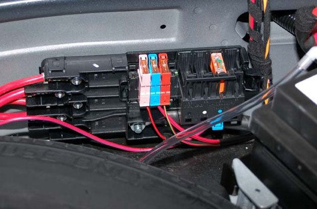 2008 09 27_122755_pre fuse_box pre fuse box mercedes 2009 c350 mercedes fuse box \u2022 45 63 74 91  at webbmarketing.co